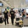 Polícia Federal prende cinco homens por tráfico internacional de drogas, em Viracopos