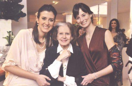 Lygia e as netas Lúcia Telles e Margarida Gorecki Zanelato