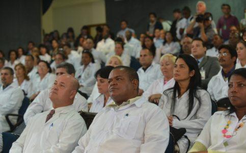 Saúde quer ampliar participação de profissionais formados no Brasil. A previsão é substituir 1.008 vagas, hoje ocupadas pela cooperação com a OPAS. Inscrições vão até 26 de abril