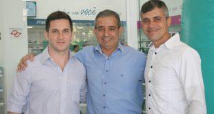 Diego Cama da UniPharma e Adilson Guilherme no Platz Mall