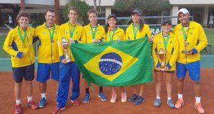 Equipe masculina e feminina tenis 14 anos 2017