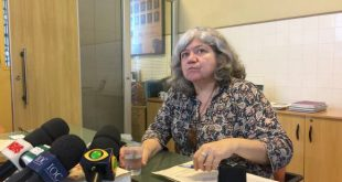 A pesquisadora Myrna Bonaldo garantiu que a vacina contra a febre amarela não perdeu a eficácia mesmo após a constatação de mutações no vírus da doença (Cristina Indio do Brasil/Agência Brasil)