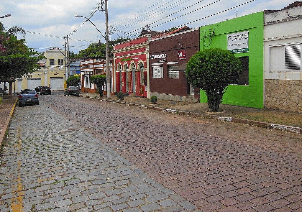 O UrbanizARTE é uma ação do Programa FEAC Arte e Cultura, da Fundação FEAC. Será realizada sábado dia 16, na escola Thomas Alves.